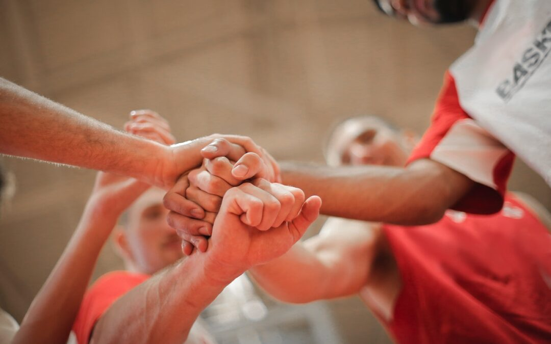 How Do Sponsorships Benefit the Sports Organization and the Sponsor?